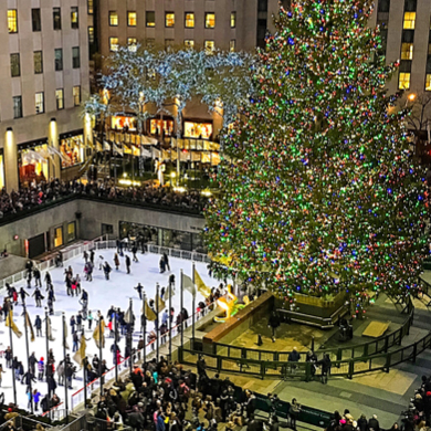 Christmas Tree In Nyc.Rockefeller Center Nyc Christmas Tree Lighting Auctions